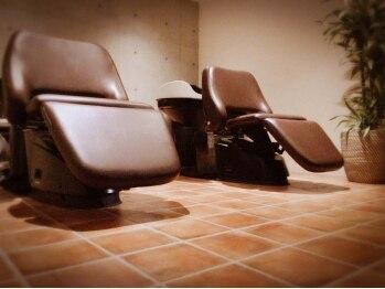 ヘアースパ アジール(Hair Spa AZeaL)の写真/【奈良県立医大病院スグ】月曜日も営業☆アットホームで明るいバリアフリーサロン♪車椅子の方もお気軽に◎