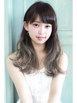 ヘアーアート シフォン 池袋東口店(Hair art chiffon)黒髪姫カットとメルトカラーのグラデーションカラーのふわミディ
