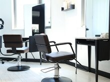 ヘアーサロン アールイー(Hair salon Re)の雰囲気(洗練された上質空間が広がります。)