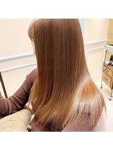 髪質改善、アディクシーカラー、オーガニックスパなど旬なメニューや薬剤を取り揃えております