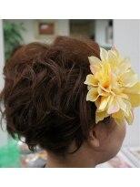 盛り髪(盛りヘア)のフワフワ盛りヘアー画像