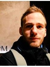 ロイヤル マン グルーミング 難波(ROYAL MAN grooming)ホットコーナー(欧米系三塁手)