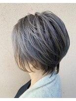 ヘアーメイクスリーク白髪を上手く活かしたらめちゃ褒められすぎちゃうヘアデザイン♪