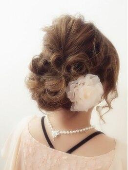 アオタニ ヘア 東向日店(aotani hair)の写真/シーン/イメージ/年齢…TPOの難しいパーティーセットはお任せ♪崩れにくく手早いスタイリングで華やかに!