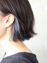 グリット ヘアプラスフォト(grit HAIR+PHOTO)【grit.】YOHEI WORKS (スカイブルーのインナーカラー)