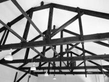 ニコ(nico)の雰囲気(7mを超える高い天井。解放感があり施術時間をゆったり過ごせます)