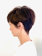 アズヘアー(AtoZ hair)ショートタイル