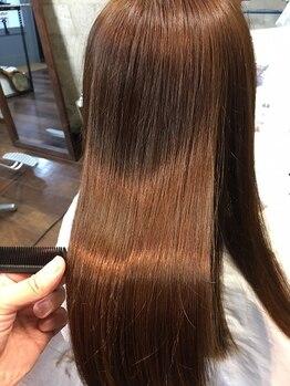 スウィニー トウキョウ(SWEENEY TOKYO)の写真/【新メニュー/髪質改善シームレス】縮毛はかけたくない。けど広がりは抑えたい、そんなあなたにオススメ◎