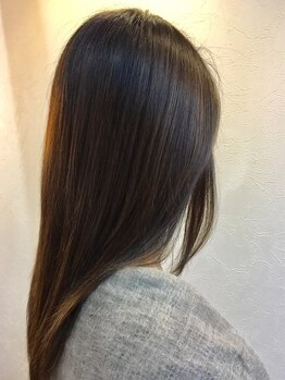 アルディ 都賀店(HARDI)の写真/話題の《STEPHENKNOLL》取扱い☆髪のストレス・ダメージの悩みを解消し、思わず触れたくなるような艶髪へ♪