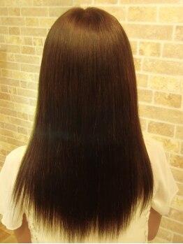 ヘアーリッジ オリーブ(hair Ridge OLIVE)の写真/【縮毛矯正+カット+トリートメント¥9500】クセ毛の度合いや希望のstyleに合せてくれるから納得の仕上がりに