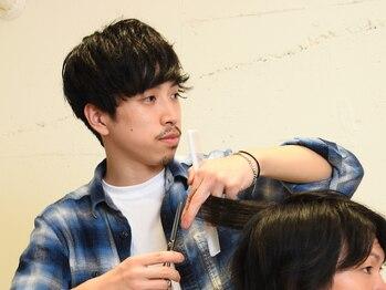 ニコル(nicol)の写真/髪型は第一印象を決定づける大切な要素。こまめなメンテナンスで、見た目を常にブラッシュアップ。