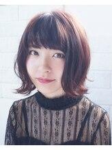 イツキ ヘアーデザイン(ITSUKI hair design)ふんわり外はねミディ