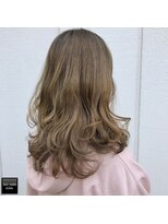 ヘアメイクミワ(HAIR+MAKE MIWA) creamy beige