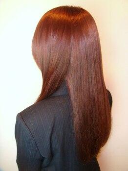 アクアスヘアーデザイン 西原店(AQUAS hair design)の写真/髪質やダメージに合わせて最適なトリートメントをご提案!髪質改善で思わず触れたくなる手触りとツヤ髪に♪