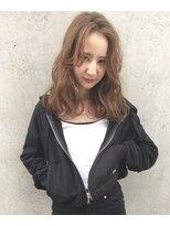 レジーロ (Regilo)【レジーロ】グレーパールカラー × 無造作ロングスタイル
