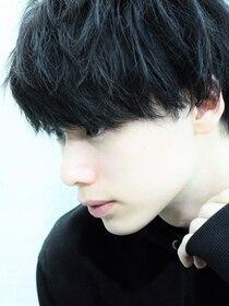 ガズル ハラジュク(GUZZLE HARAJUKU)黒髪に合うくせ毛風ワンカールパーマ