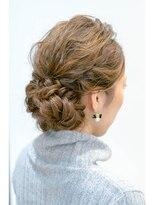 ソラ ヘアデザイン(Sora hair design)ゆるウェーブまとめ髪
