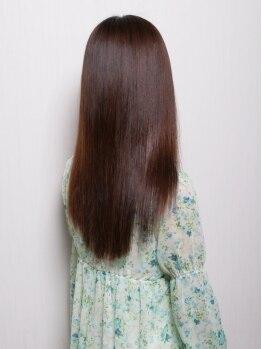 ヘアメイク ケイ(hair make KEI)の写真/髪を本当に美しくする為には髪の内部からのケアが大切!!毛先までしっかり潤いを与えてくれる☆