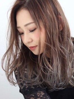 オーストヘアーリヒト(Aust hair Licht)の写真/【高品質×低価格】自然で柔らかいうる艶ストレート☆コスメ薬剤使用でダメージレス。何度もお得に通える◎