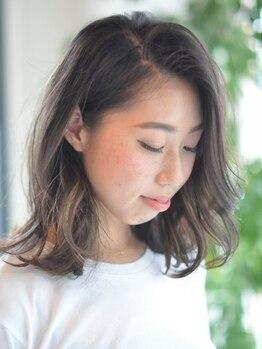 ナフ アトレ ヘアデザイン(naf attrait hair design)の写真/大人女性の満足度◎経験豊富なスタイリストがお肌を綺麗に魅せる色味をご提案します。