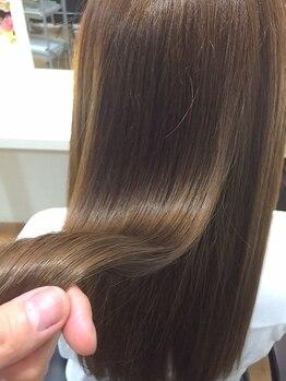 チャーム ヘア リゾート(charm hair resort)の写真/【天神橋/年中無休★】自然なストレートが数ヶ月持続♪髪に優しい薬剤でストレスを与えずにお悩みを解決!