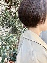 ケンジ 横浜(KENJE)首がキレイにみえるショートボブに細かいハイライトピンクグレイ