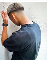 アイリーヘアデザイン(IRIE HAIR DESIGN)【IRIE HAIR赤坂】フェード×ハイトーン×ボウズ伸ばしかけ