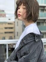 マユリ 相模大野(Mayuri)アッシュ系平行ラインボブ