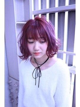 ヘアサロンエムピーズ イケブクロ(HAIR SALON M P's 池袋)【M/Berry Pink】外ハネニュアンスカール