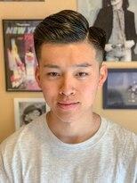 オムヘアーフォー(HOMME HAIR 4)バーバー刈り上げスタイルNo.1 【HOMME HAIR4 熊田】