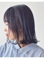 リリ バイ グランツ(LiLi by Glanz)暗髪透明感の切りっぱなしボブ