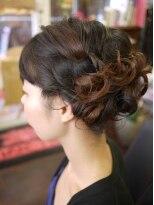 キーナ(Organic Hair KI-NA)くしゅっと感がかわいいヘアアレンジ