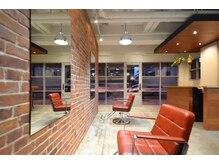 ベックス(BEX)の雰囲気(椅子間の距離が広くゆったりと店内を満喫できます)