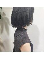 ガーデン ハラジュク(GARDEN harajuku)【鈴木 ゆうすけ】透明感たっぷりのディープブルー
