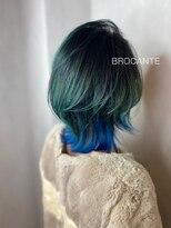 インナーカラー 派手髪 ボブルフ アニメカラー 青髪