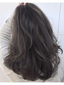 ブルームヘアー(BLOOM hair)外国人風ブルーグレー