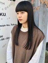 モードなロングヘア/ぱっつん前髪/黒髪ロング/前髪カット