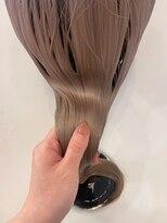 ヘアーアイスカルテット(HAIR ICI QUARTET)夏にオススメ!ホワイトベージュカラー