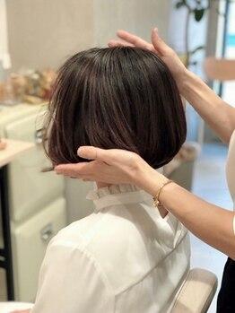 パークサイドジュン(Parkside June)の写真/髪質を見極めたナチュラルで再現性の高いカットで、乾かすだけでおさまる、手ぐしでまとまるヘアに