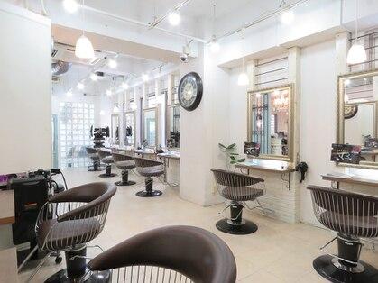 ヘアーアンドメイク シークタチカワ 立川店(Hair&Make Seek)の写真