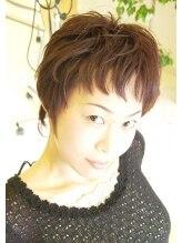 ヘアヴェローチェ(hair-veloce)くせ毛を生かしたショートスタイル