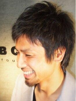 ボッセ(BOSSE)の写真/【心斎橋駅1番出口徒歩5分】平日21時まで営業★(カット最終受付20時)髪質、生えグセも考慮した上質カット。