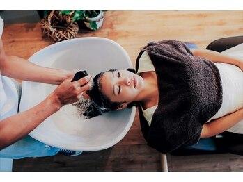 シムヘアクリエーション (s.i.m hair creation)の写真/魔法のマイクロバブル【marbb】で頭皮と髪も素髪へリセット!一度で実感できる髪の輝きをあなたも体感♪
