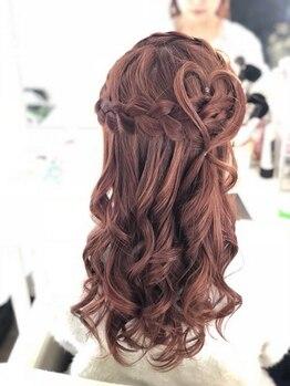 マカリー(hair&make Makalii)の写真/平日も早朝6時からOPEN!≪ヘアセット¥1800~≫プチプラだから結婚式などはもちろんデートやお出かけにも◎