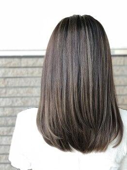 アソート 小牧店(ASSORT)の写真/高い技術でお悩みヘアも誰もが憧れる艶やかな仕上がりに◎季節に左右されない自然なストレートヘアが続く!!