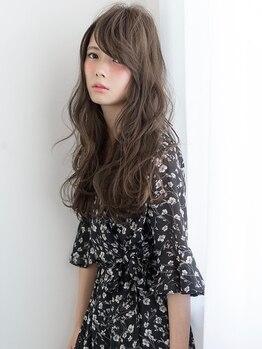サーガ(saga)の写真/[ハーブ白髪染め+カット¥5400]表情まで輝かせるほどの透明感とツヤが宿る髪に♪こだわり派の方も大満足★