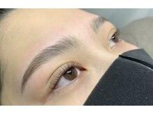 アロ(Alo's)の雰囲気(眉の毛流れを美しく癖付ける新技術&で自然な美眉に♪)
