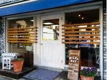 ミルキーウェイ(Milky way)の雰囲気(鎌倉「御成商店街」の中にある路面店♪)