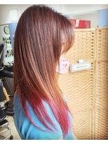 ロングスタイル毛先 明るいカラー