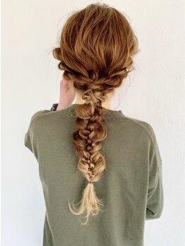 エムドットヘアーサロン(M. hair salon)の写真/デザインカラーを活かしたヘアセットが可愛いと好評♪定番アレンジから流行りのアレンジまで幅広く対応◎